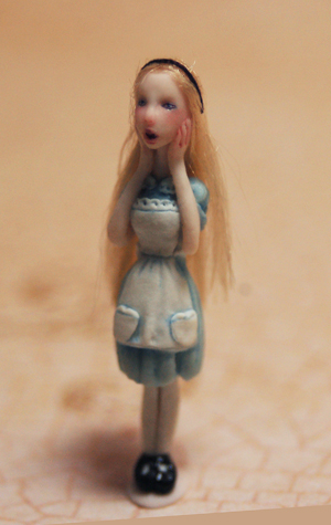 Alicebottle3